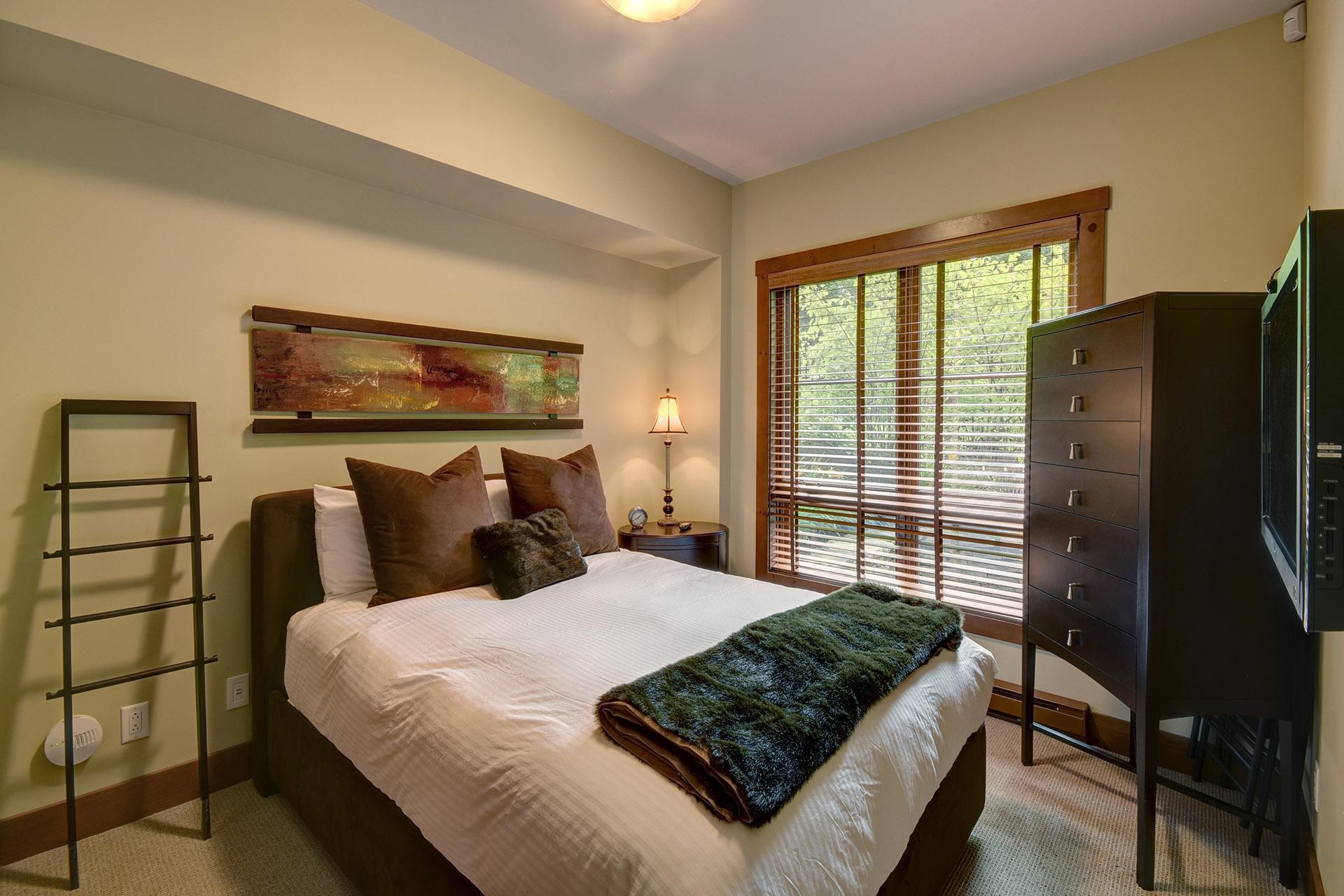 ÉDM_Bedroom